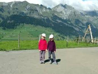 Детски зимни лагери изисквания
